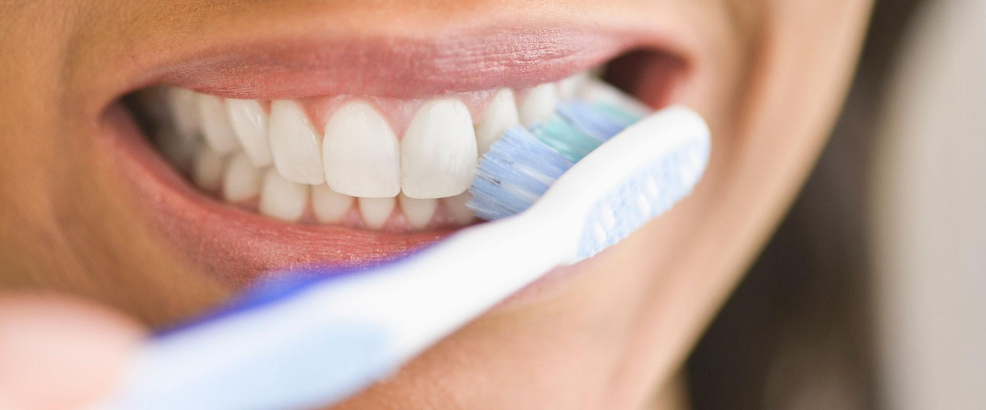 Periatul dinților
