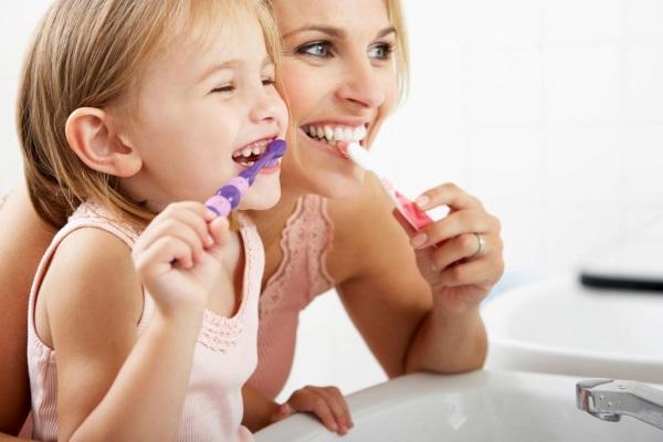Cum sa îngrijesc dinții copilului meu?